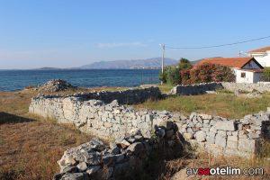 Avşa Adası Manastır